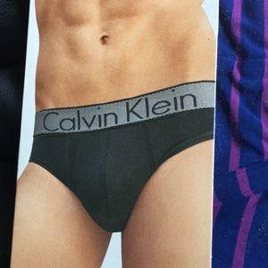 Calvin Klein - M Customized Stretch Striped Brief